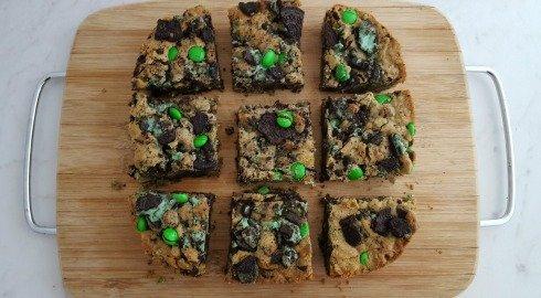 Mint Oreo Cookie Bars
