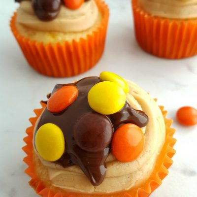 Reese's Pieces Cupcakes w/PB Frosting + Chocolate PB Ganache