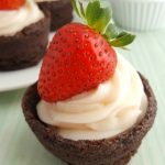 Strawberry Cheesecake Brownie Cups