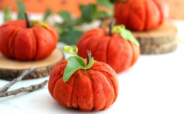 Pumpkin Spice Playdough