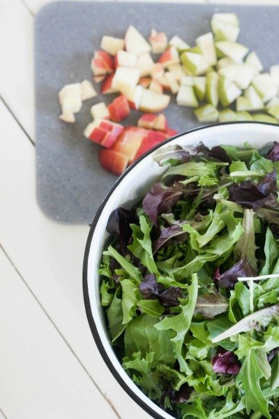 Apple & Pear Spring Salad Mix