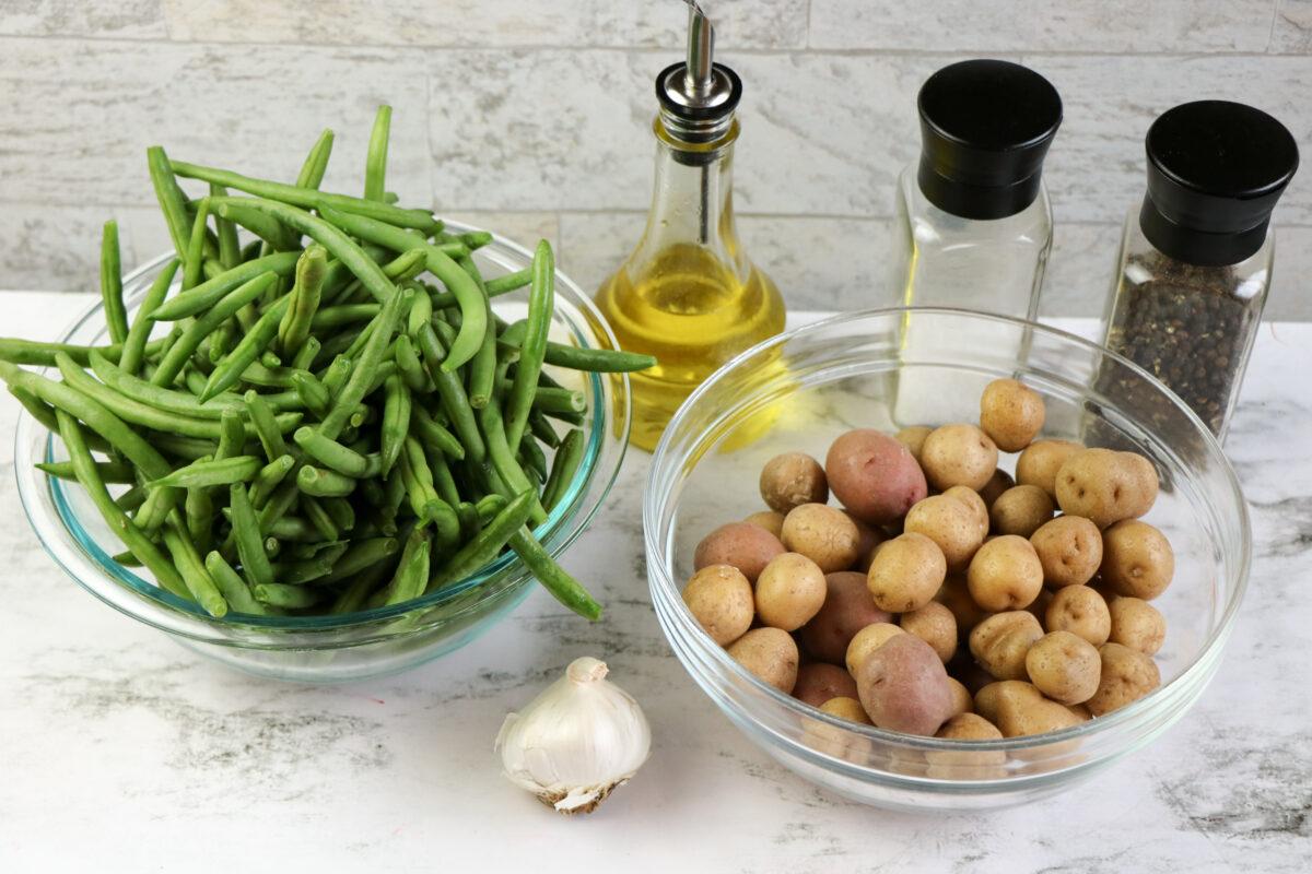Sheet Pan Garlic Potatoes and Green Beans
